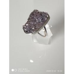 .טבעת עם מושבה אמטיסט
