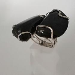 .טבעת עם נפרייט שחורה